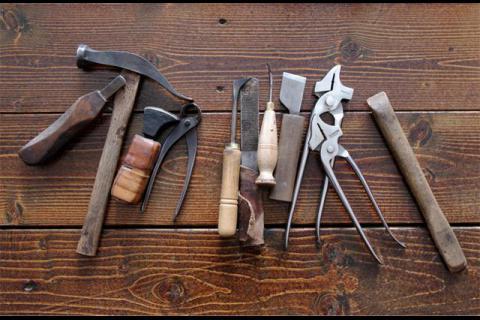 Инструменты для кожи